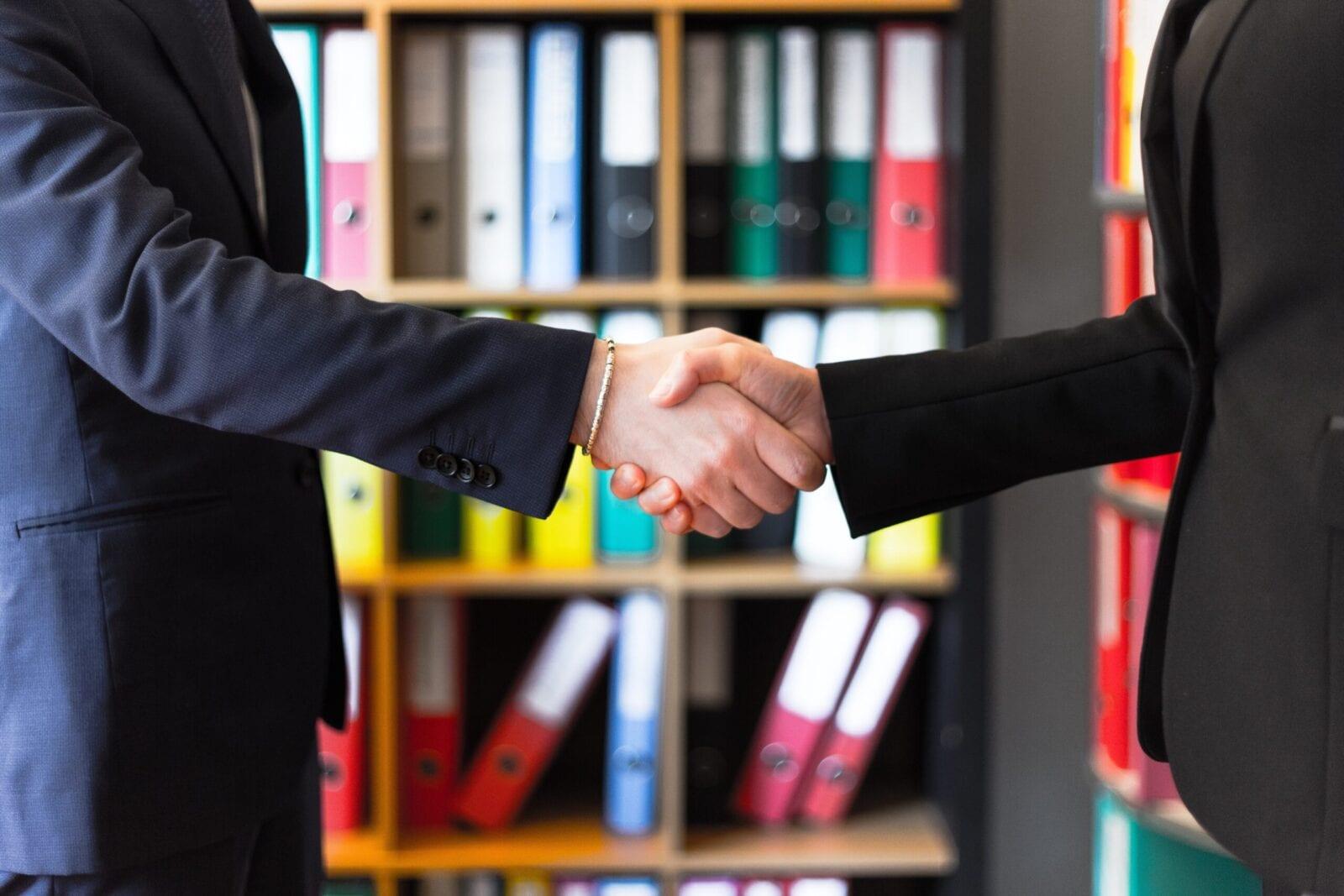 Geschäftsumzug- Umzugsservice Beratung vor Ort für Firmenkunden - Umzugsfirma Kantonal Umzüge